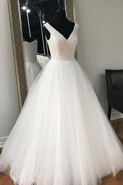 V-Neck Sleeveless Tulle Princess Ball Wedding Down with Beaded Bodice